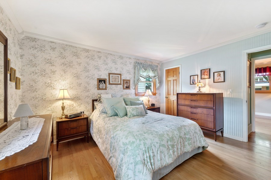 Real Estate Photography - 1425 S Robert Dr, Mount Prospect, IL, 60056 - Master Bedroom - 1425 S Robert Dr, Mount Prospect,