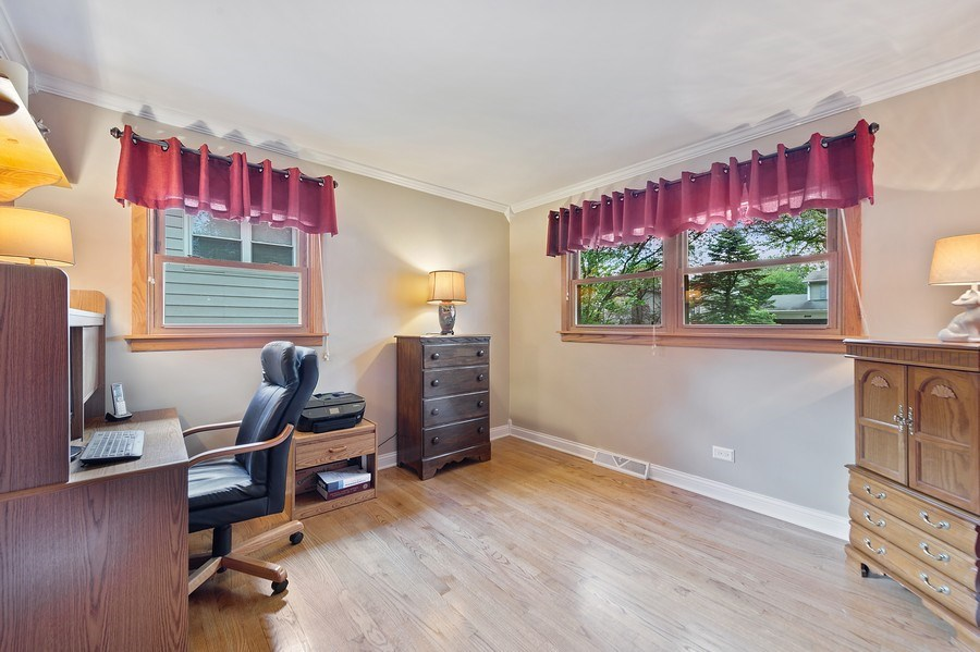 Real Estate Photography - 1425 S Robert Dr, Mount Prospect, IL, 60056 - 2nd Bedroom - currently being used as an office -