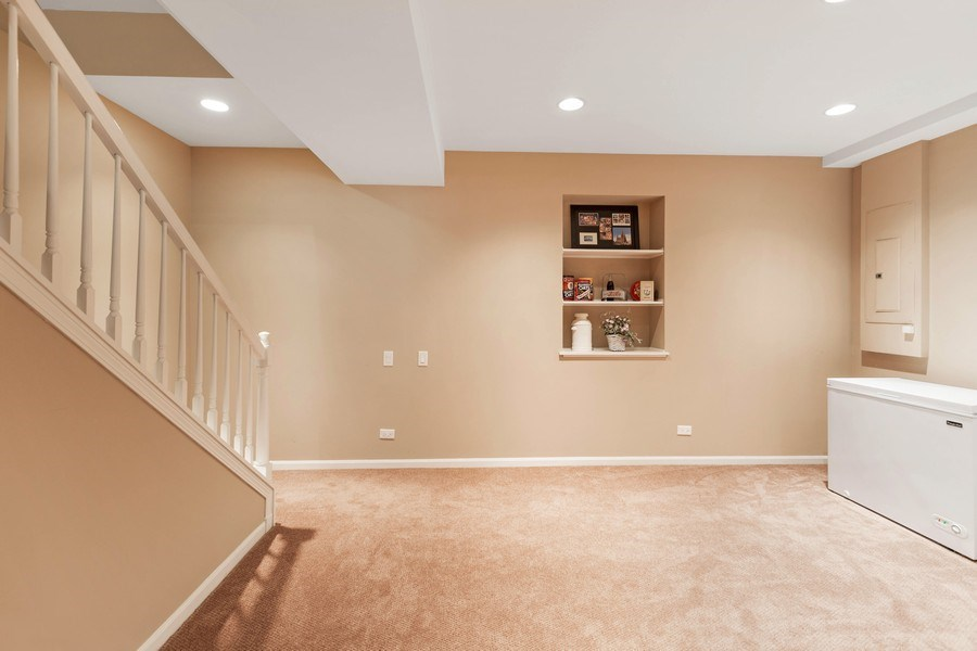 Real Estate Photography - 235 Farmhill Dr, Algonquin, IL, 60102 - FINISHED BONUS ROOM