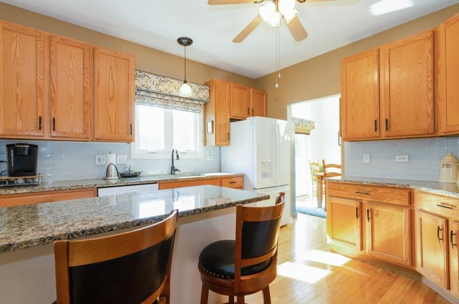 Real Estate Photography - 8323 Raptor Trail, Lakewood, IL, 60014 - Kitchen
