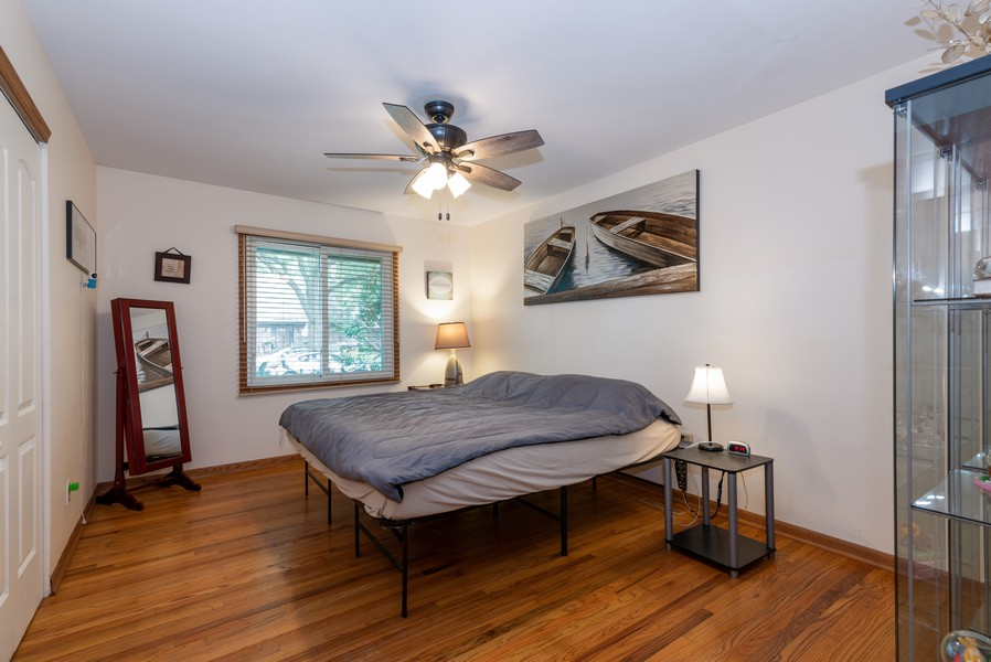 Real Estate Photography - 959 Denton Ct, Crystal Lake, IL, 60014 - Master Bedroom