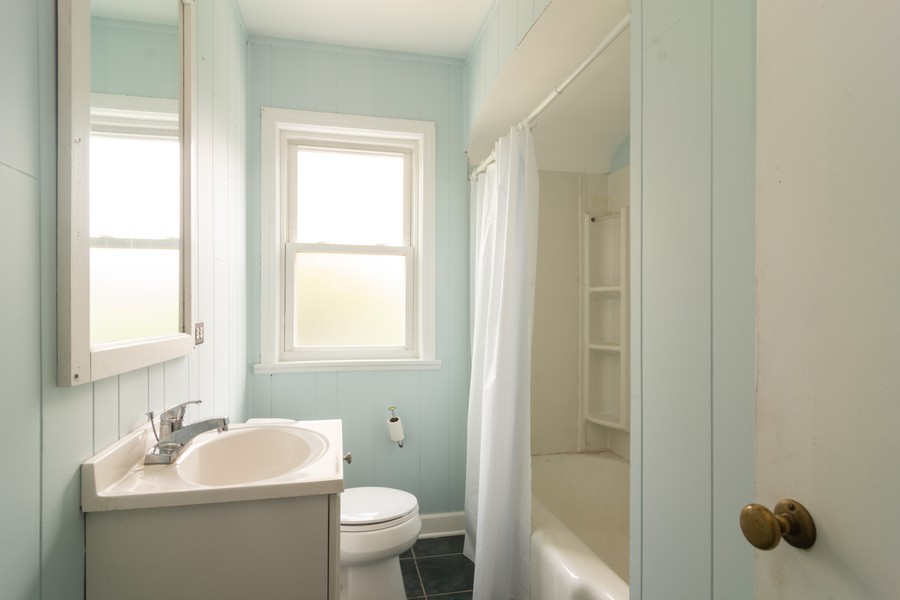 Real Estate Photography - 111 S. George St., Mt. Prospect, IL, 60056 - Bathroom