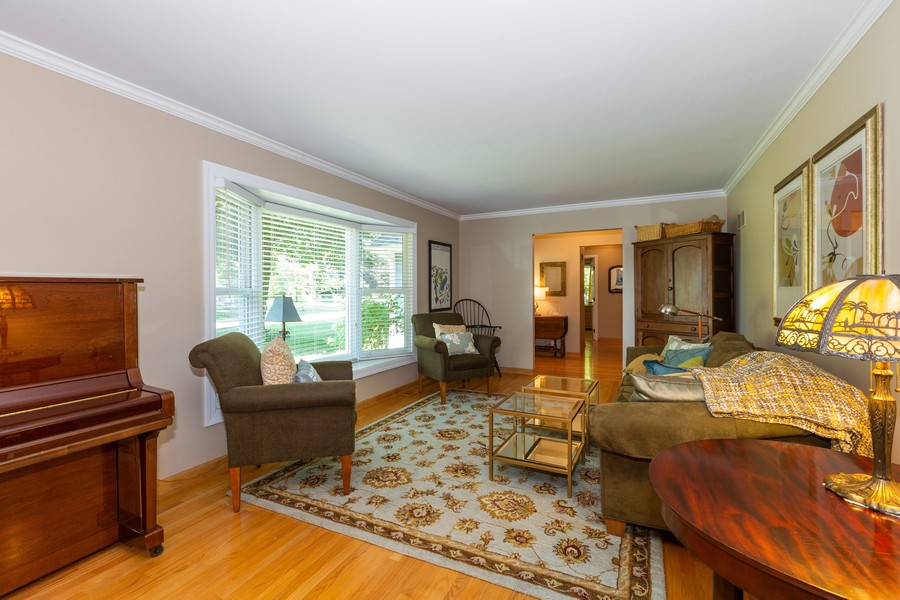 Real Estate Photography - 1033 Timothy Lane, Woodstock, IL, 60098 - Living Room