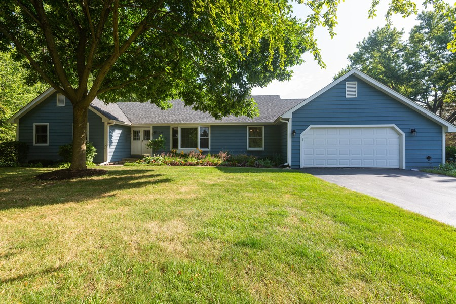 Real Estate Photography - 1033 Timothy Lane, Woodstock, IL, 60098 - Front View