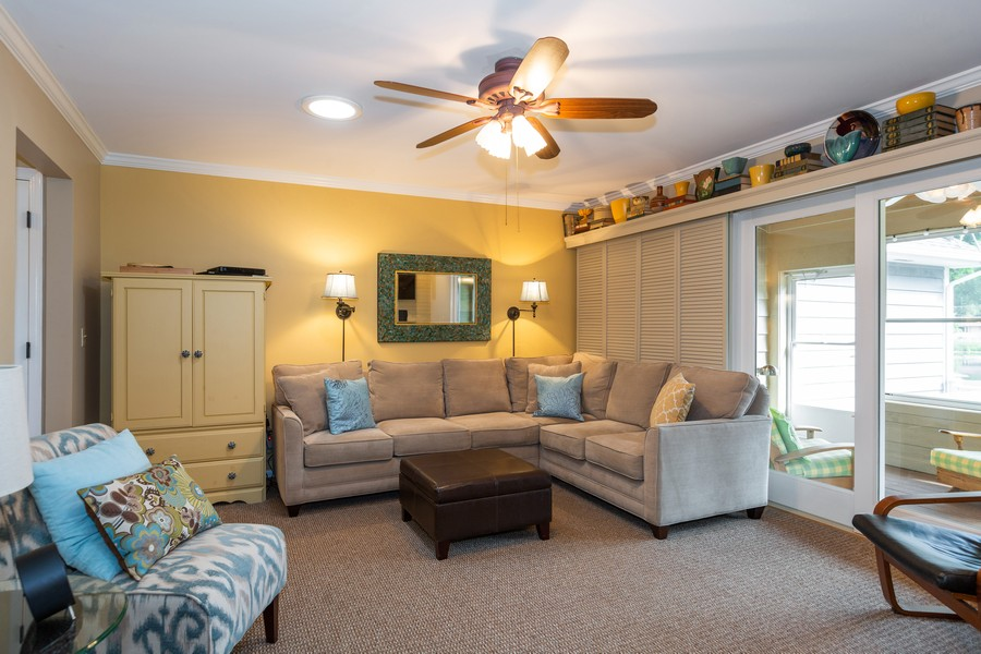 Real Estate Photography - 1033 Timothy Lane, Woodstock, IL, 60098 - Family Room