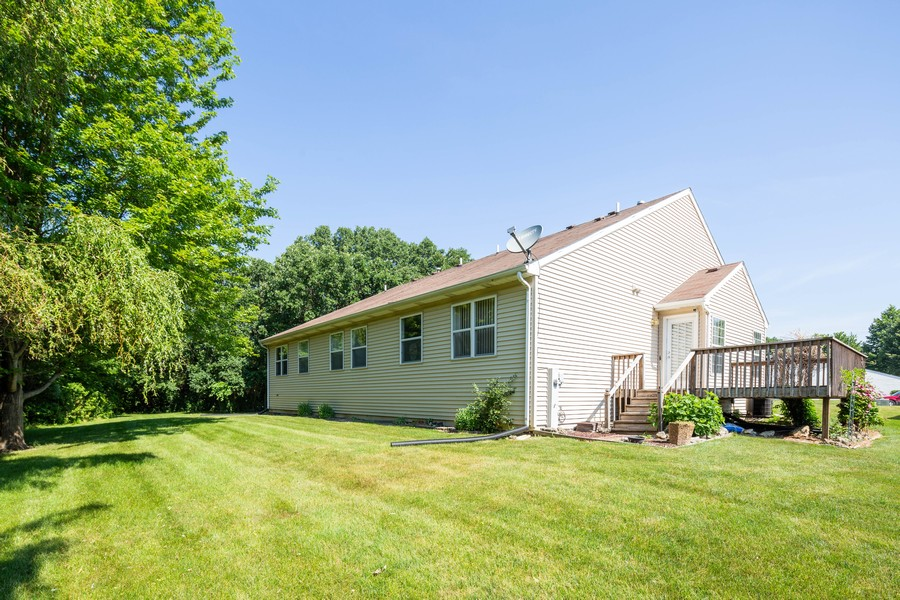 Real Estate Photography - 1170 Pond Point, Woodstock, IL, 60098 - Rear View
