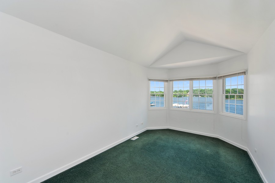 Real Estate Photography - 5102 W Lake Shore Dr, Wonder Lake, IL, 60097 - 2nd Bedroom