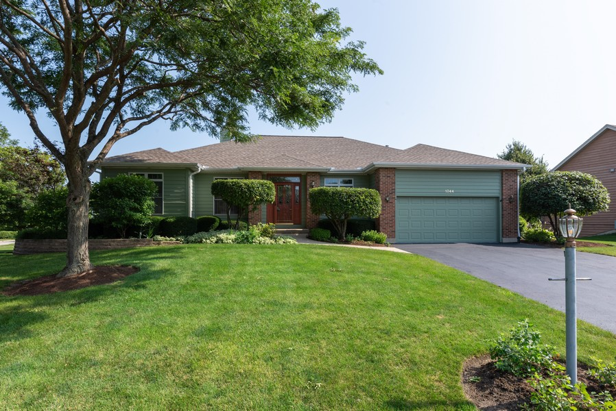 Real Estate Photography - 1344 Winslow Circle, Woodstock, IL, 60098 - Front View