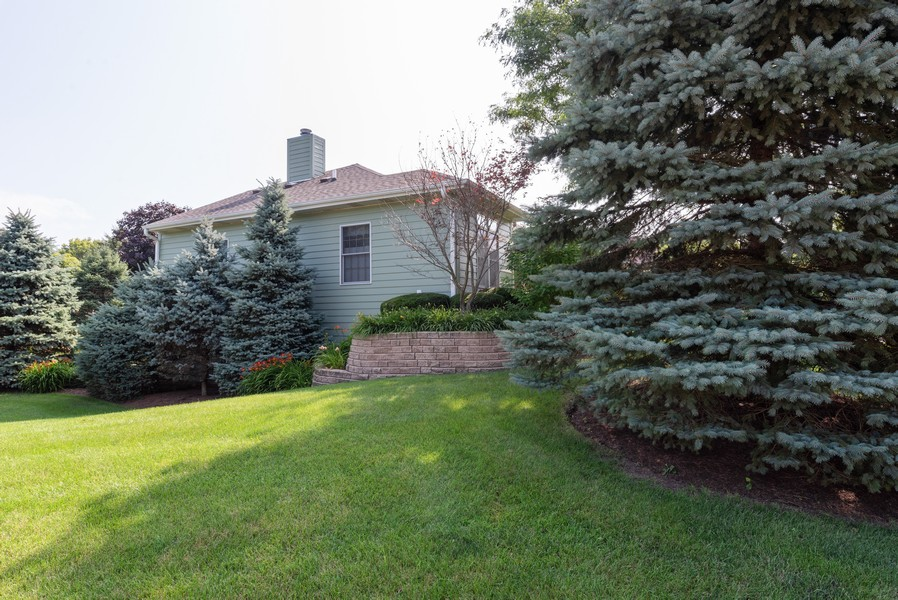 Real Estate Photography - 1344 Winslow Circle, Woodstock, IL, 60098 - Side View