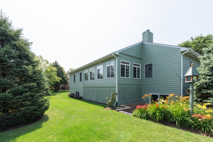 Real Estate Photography - 1344 Winslow Circle, Woodstock, IL, 60098 - Rear View