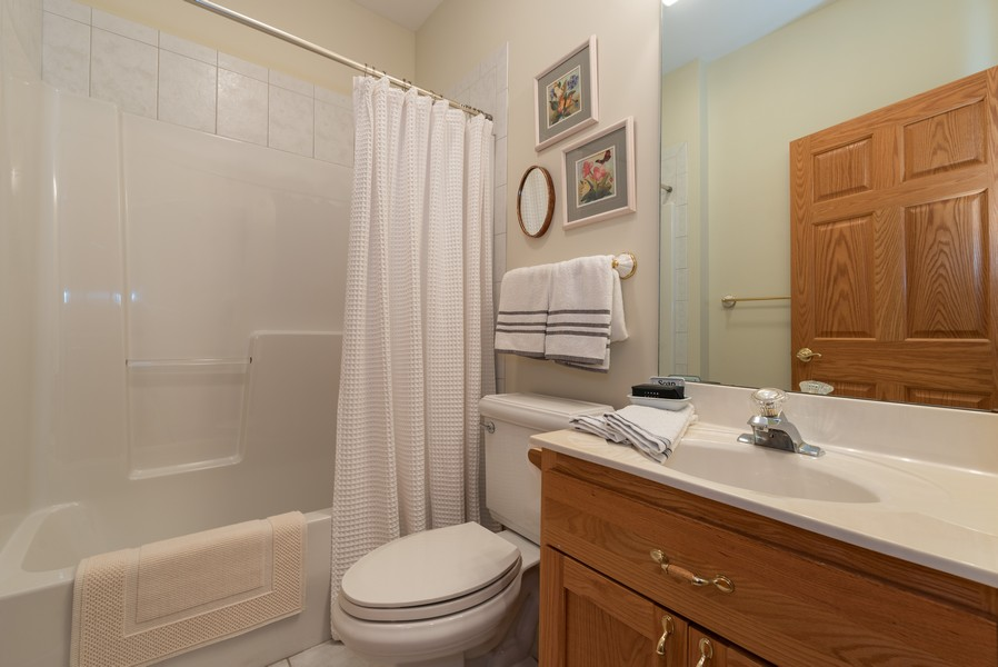 Real Estate Photography - 1344 Winslow Circle, Woodstock, IL, 60098 - Bathroom