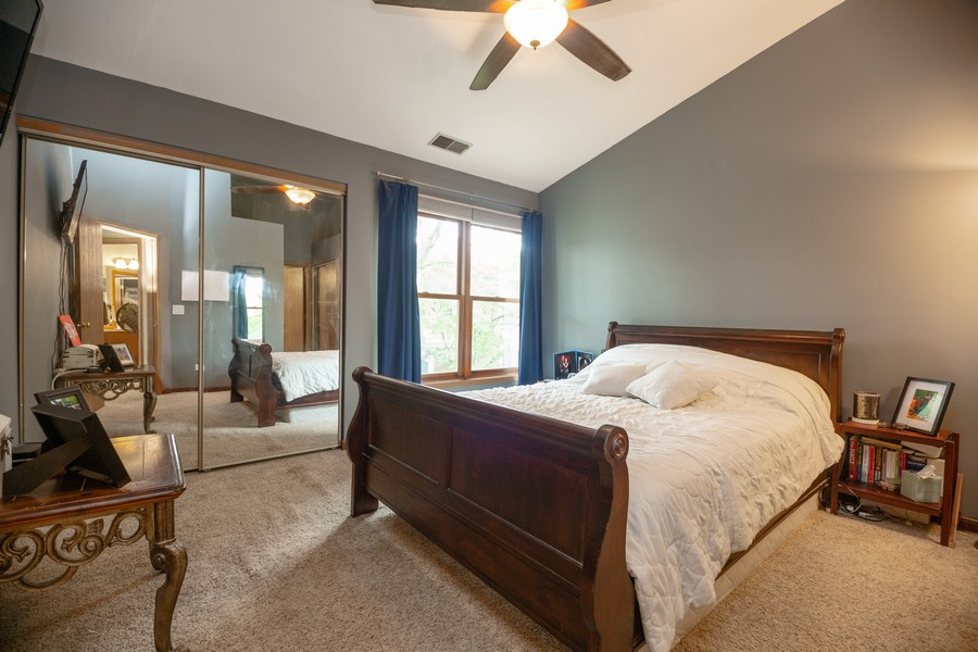 Real Estate Photography - 1958 N Stillwater Rd Unit 1958, Arlington Heights, IL, 60004 - Master Bedroom