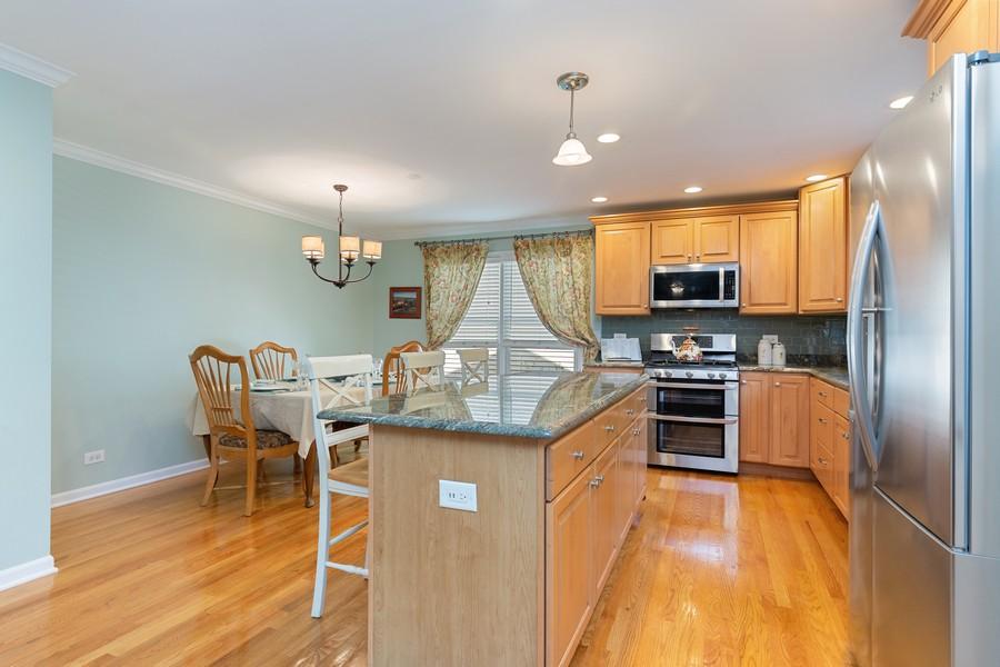 Real Estate Photography - 260 Beach Dr, Algonquin, IL, 60102 - Kitchen