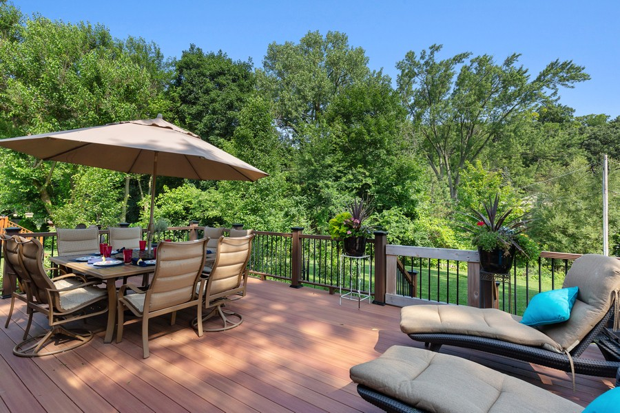 Real Estate Photography - 260 Beach Dr, Algonquin, IL, 60102 - Deck