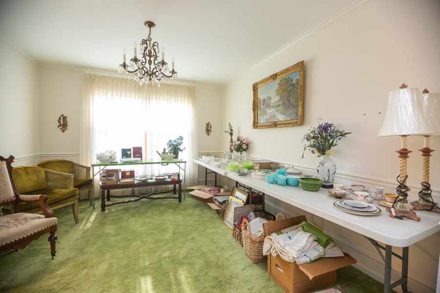 Real Estate Photography - 1020 E. Viator Court, Arlington Heights, IL, 60004 - Dining Room