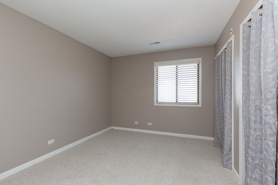 Real Estate Photography - 1078 Manchester Ct, South Elgin, IL, 60177 - 2nd Bedroom