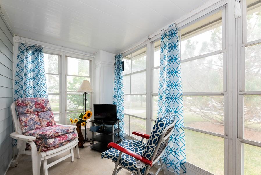 Real Estate Photography - 9518 Lenox Ln, Lakewood, IL, 60014 - Sun Room