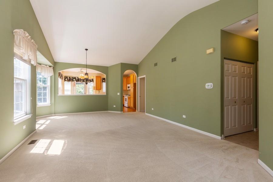Real Estate Photography - 2943 Talaga Drive, Algonquin, IL, 60102 - Living Room