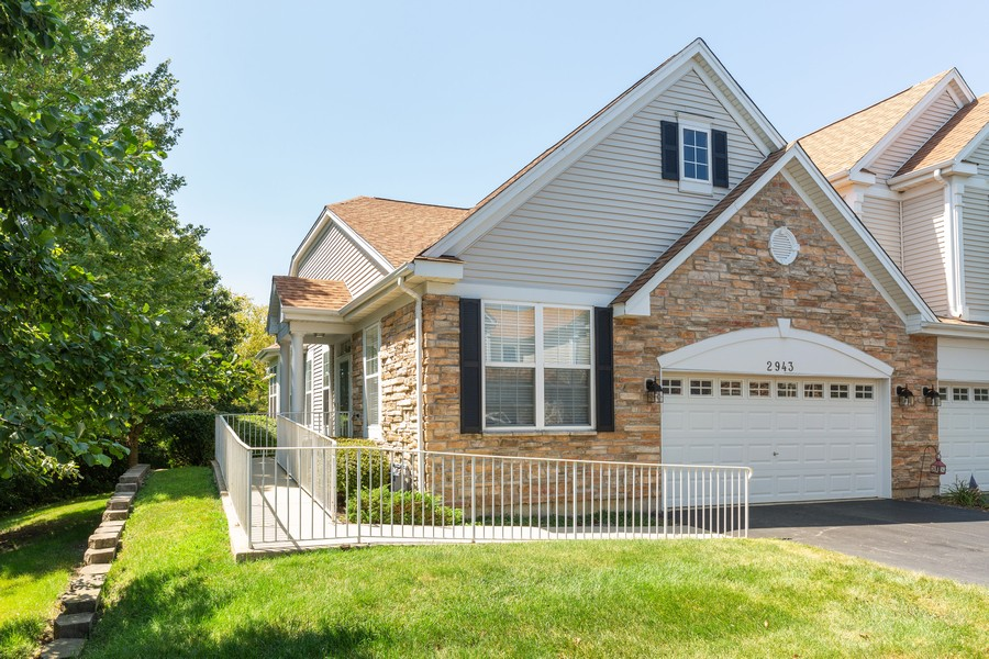 Real Estate Photography - 2943 Talaga Drive, Algonquin, IL, 60102 - Front View