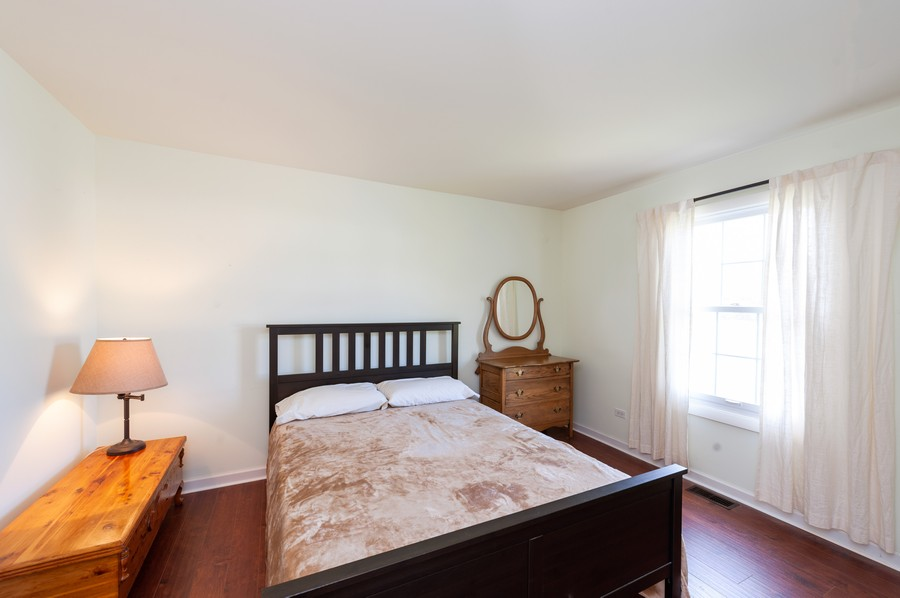 Real Estate Photography - 3345 York, Island Lake, IL, 60042 - 2nd Bedroom