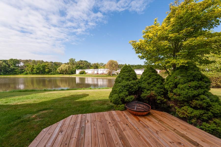 Real Estate Photography - 3345 York, Island Lake, IL, 60042 - Deck