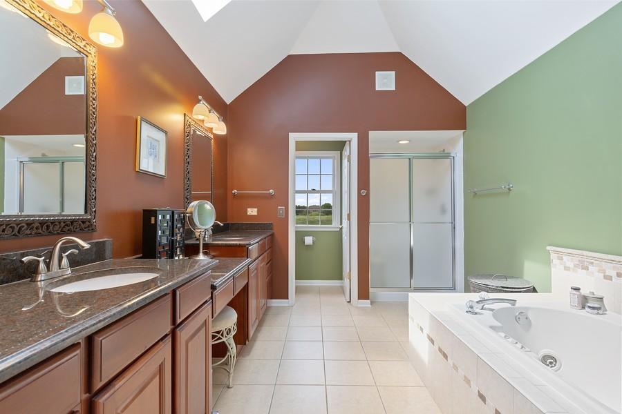 Real Estate Photography - 730 Foxglove Drive, Algonquin, IL, 60102 - Master Bathroom