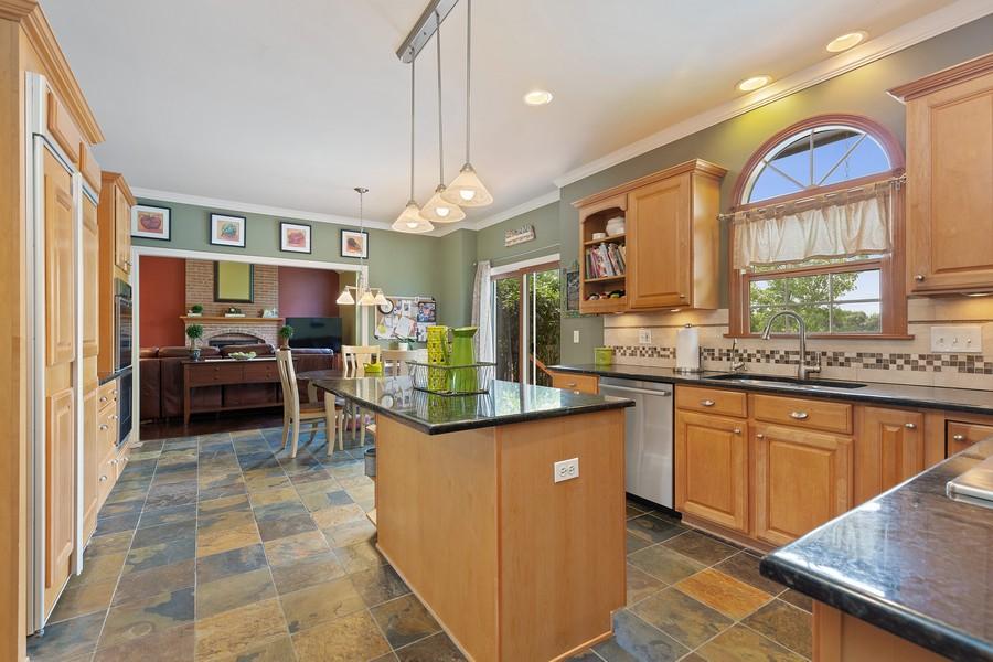 Real Estate Photography - 730 Foxglove Drive, Algonquin, IL, 60102 - Kitchen