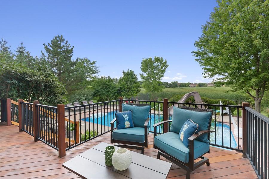 Real Estate Photography - 730 Foxglove Drive, Algonquin, IL, 60102 - Deck