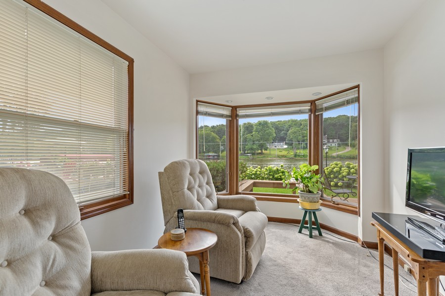 Real Estate Photography - 1469 Lowe Dr., Algonquin, IL, 60102 - Sitting Room