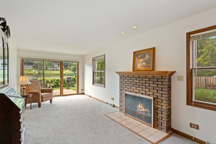 Real Estate Photography - 1469 Lowe Dr., Algonquin, IL, 60102 - Great Room