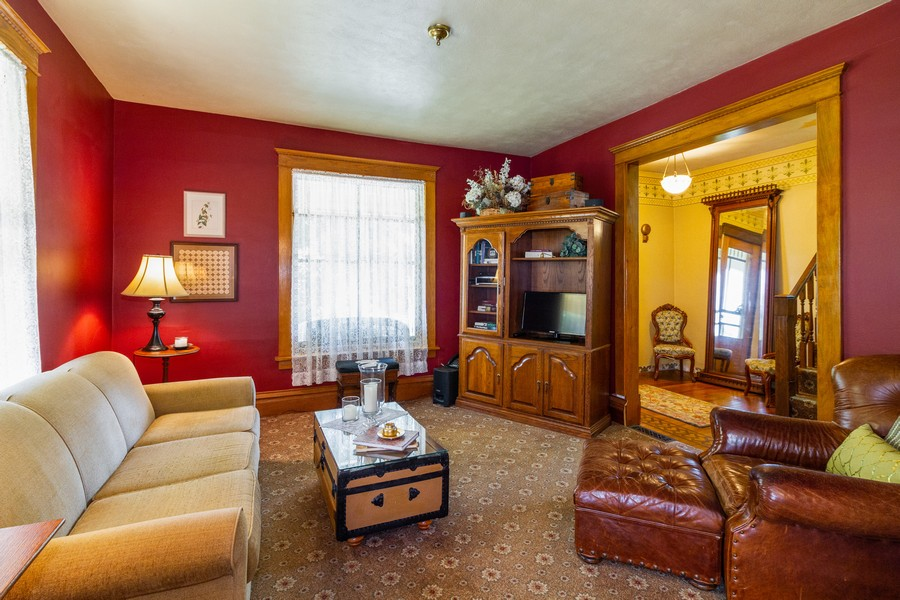 Real Estate Photography - 424 Fremont, Woodstock, IL, 60098 - Living Room