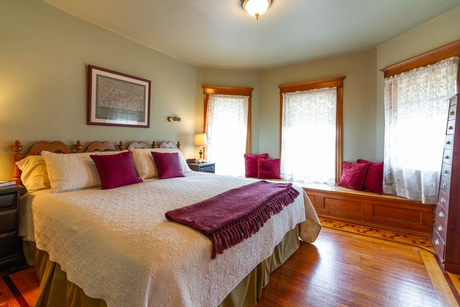 Real Estate Photography - 424 Fremont, Woodstock, IL, 60098 - Master Bedroom