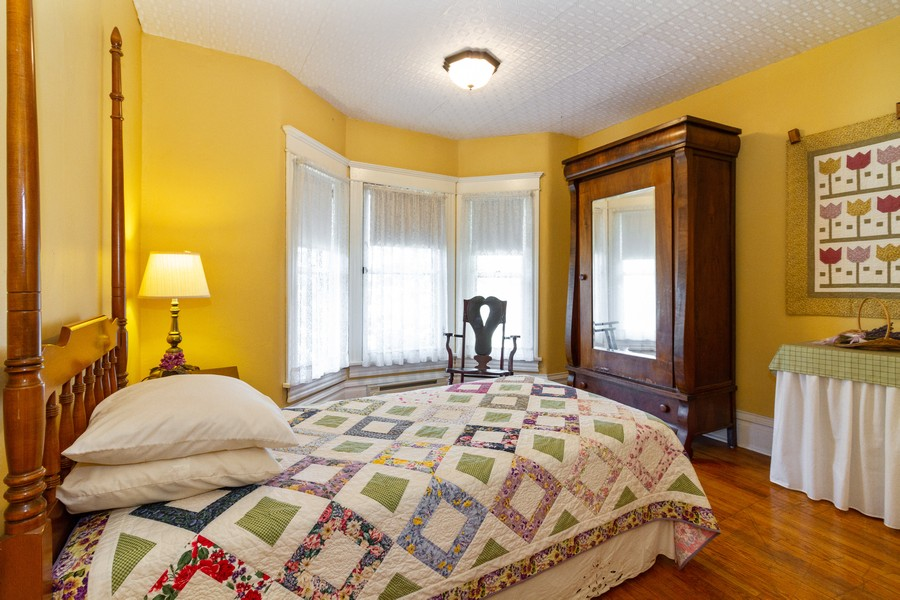Real Estate Photography - 424 Fremont, Woodstock, IL, 60098 - 3rd Bedroom