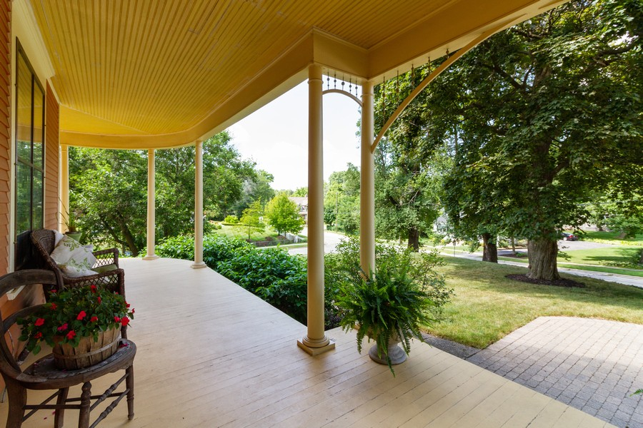 Real Estate Photography - 424 Fremont, Woodstock, IL, 60098 - Porch