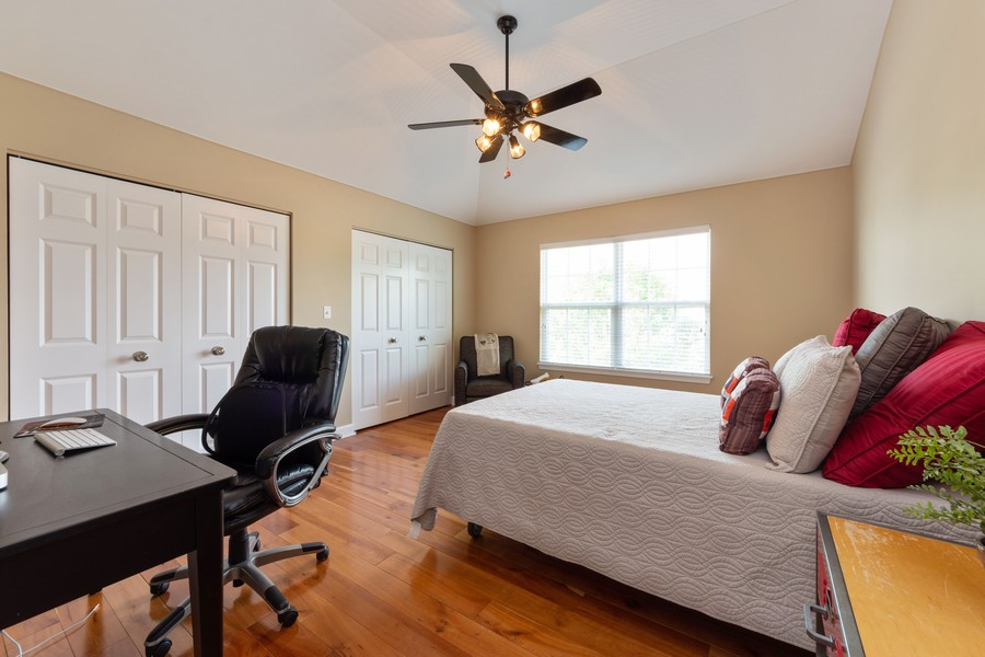 Real Estate Photography - 5610 Highland, Palatine, IL, 60067 - 2nd Bedroom
