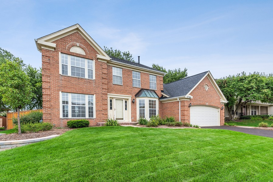 Real Estate Photography - 1764 Bradford Lane, Crystal Lake, IL, 60014 - Front View