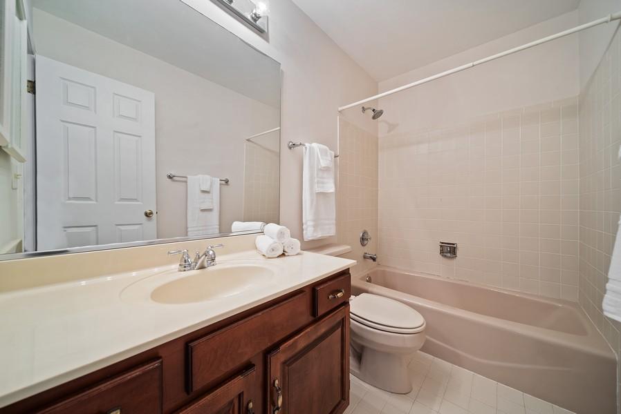 Real Estate Photography - 1764 Bradford Lane, Crystal Lake, IL, 60014 - Bathroom