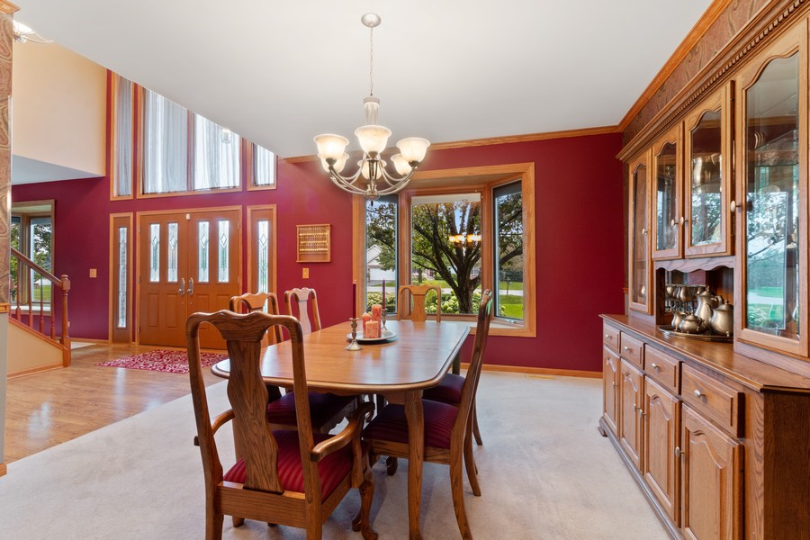 Real Estate Photography - 703 Silver Glen, McHenry, IL, 60050 - Dining Room