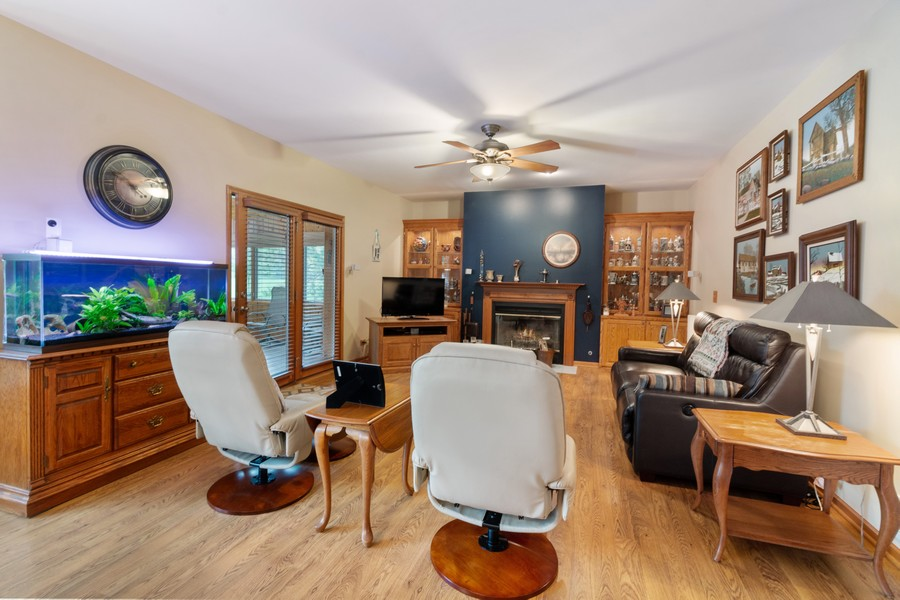 Real Estate Photography - 703 Silver Glen, McHenry, IL, 60050 - Family Room