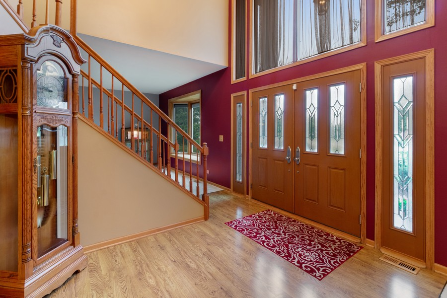 Real Estate Photography - 703 Silver Glen, McHenry, IL, 60050 - Foyer