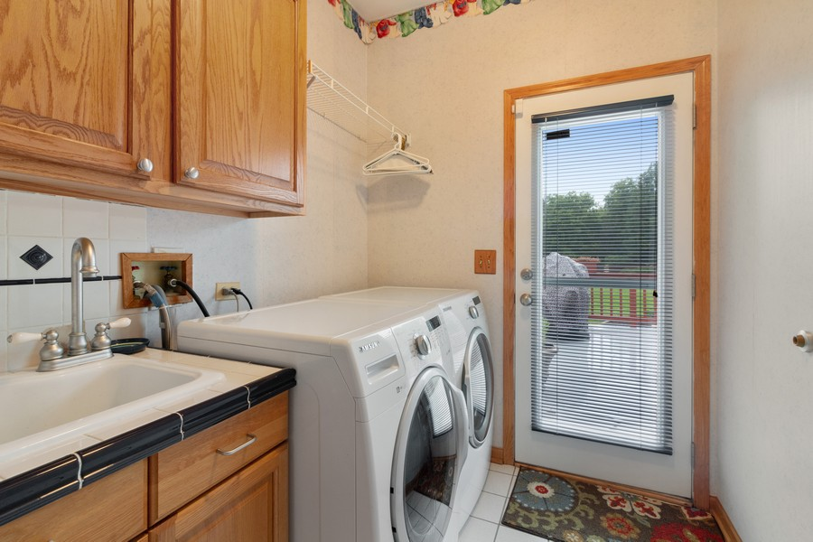 Real Estate Photography - 703 Silver Glen, McHenry, IL, 60050 - Laundry Room