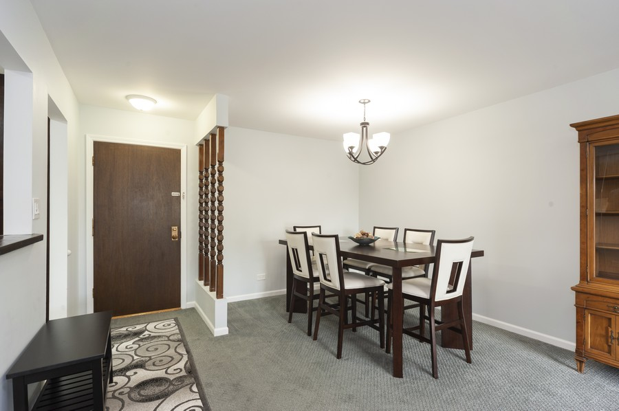 Real Estate Photography - 3300 Carriageway Dr, 309, Arlington Heights, IL, 60004 - Dining Room