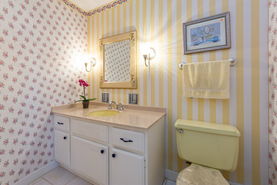 Real Estate Photography - 2035 E Mulberry Ln, Arlington Heights, IL, 60004 - Powder Room