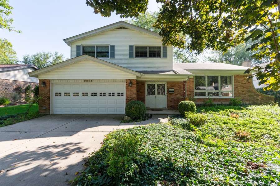 Real Estate Photography - 2035 E Mulberry Ln, Arlington Heights, IL, 60004 - Front View