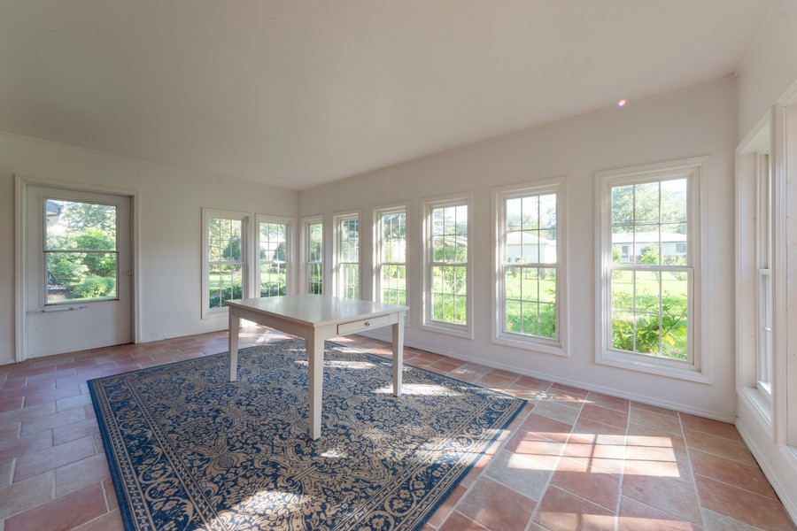 Real Estate Photography - 2035 E Mulberry Ln, Arlington Heights, IL, 60004 - Sun Room