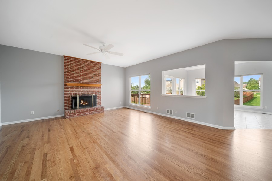 Real Estate Photography - 1361 Boxwood Drive, Crystal Lake, IL, 60014 - Family Room