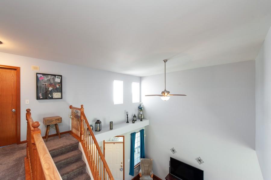 Real Estate Photography - 106 Terra Vista Ct, Volo, IL, 60020 - 2nd Level