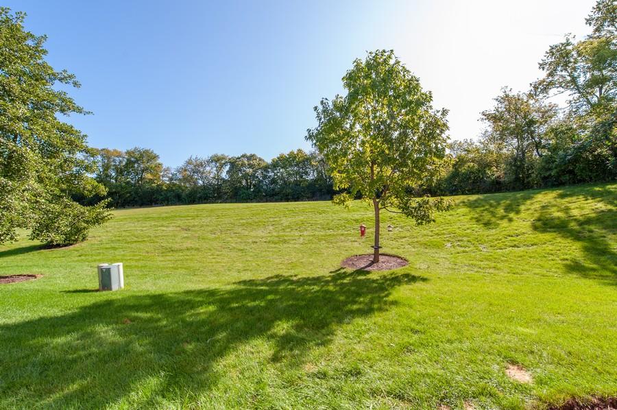 Real Estate Photography - 106 Terra Vista Ct, Volo, IL, 60020 - Back Yard