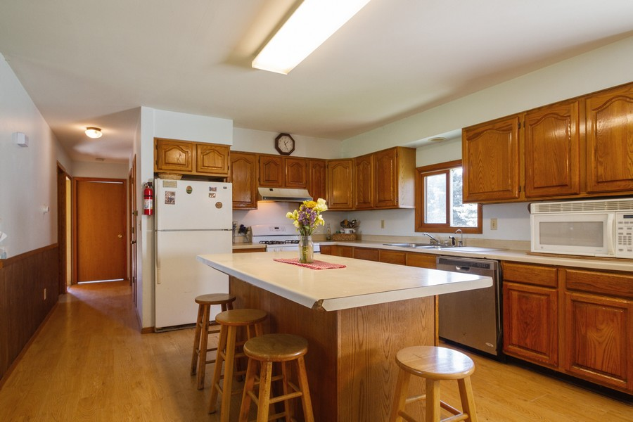 Real Estate Photography - 6191 Shattuck, Belvidere, IL, 61008 - Kitchen
