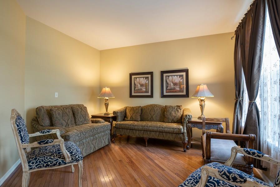 Real Estate Photography - 450 Brookside Avenue, Algonquin, IL, 60102 - Living Room